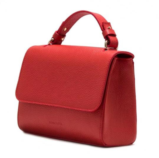 Выбираем сумки и другие аксессуары на сервисе бренда Borboletta
