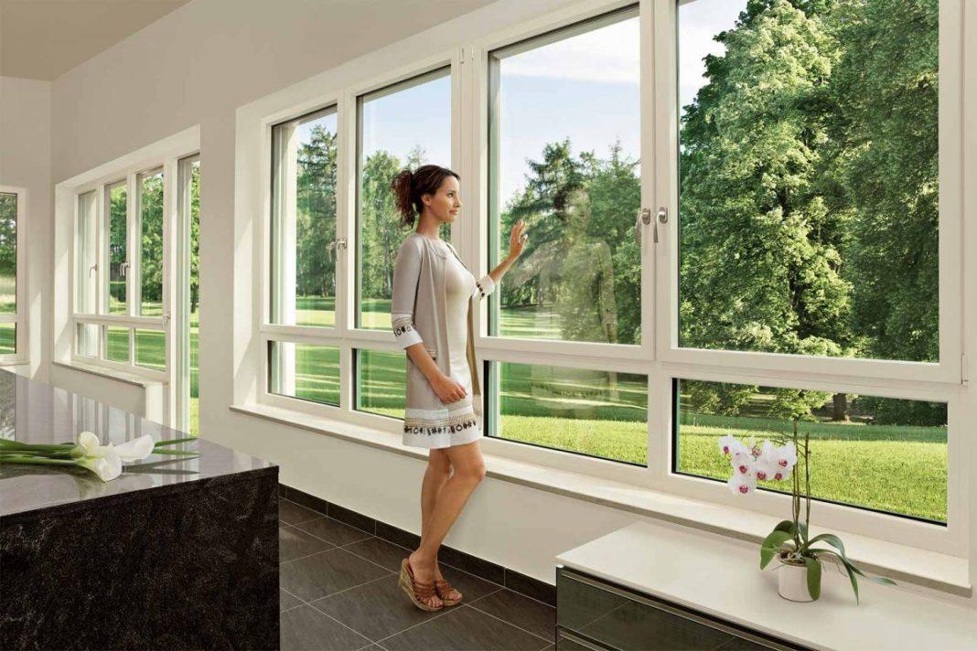 Заказывайте высококачественные пластиковые окна в компании «Окна Салют»