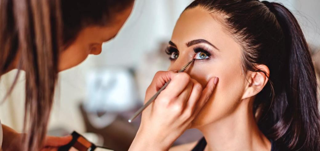 Курсы визажа в СПб: научись делать идеальный макияж на любой случай жизни