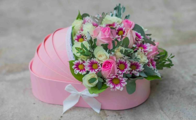 Доставка цветов и букетов на любой вкус и кошелек от флористического кафе VioletFlowers