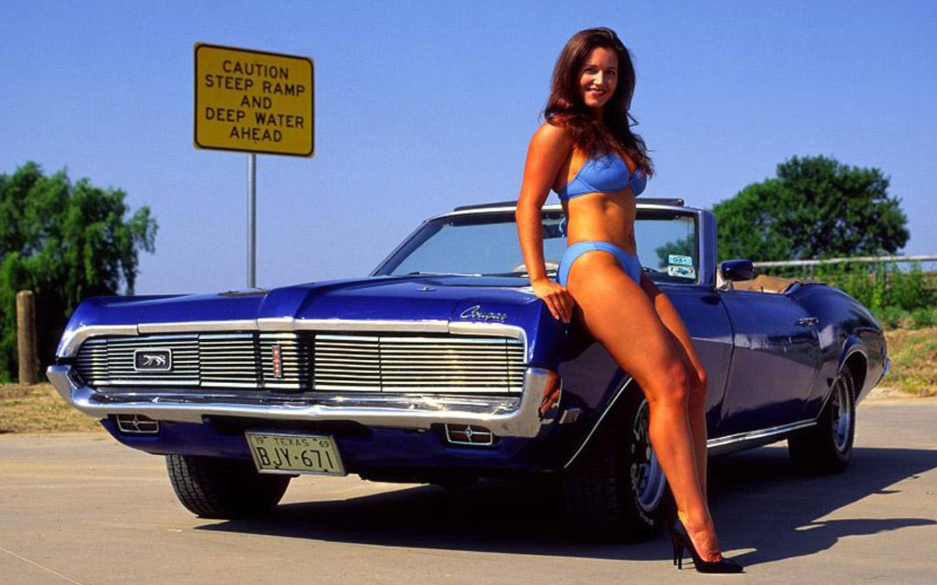 Naked women and classic cars