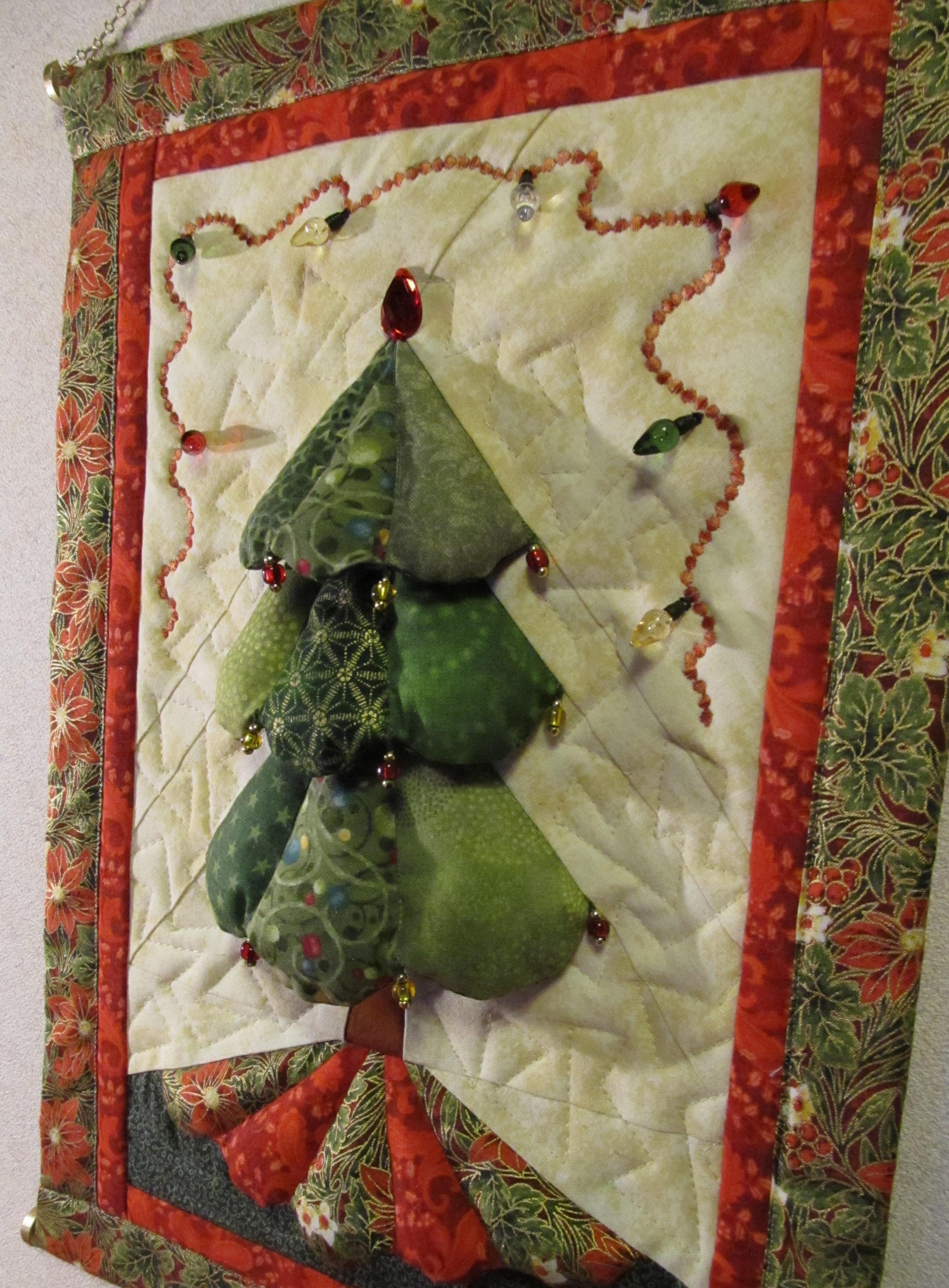 Новогоднее панно из ткани своими руками
