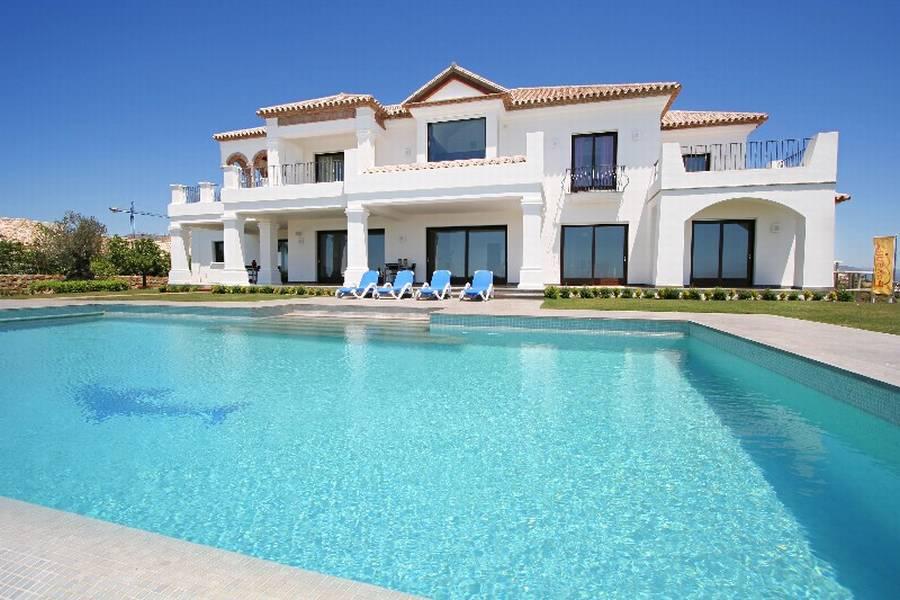 Сколько стоит квартира в италии на побережье 2016